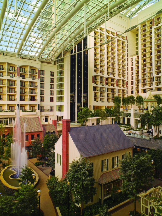 Gaylord National: Atrium Day
