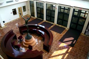 02-main-lobby